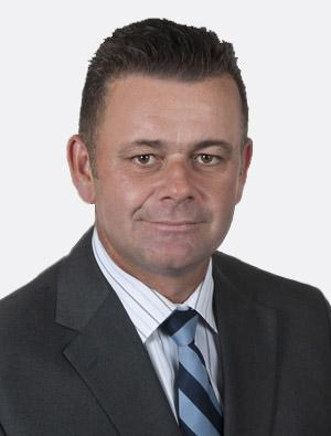 GRANT McLEARIE : Peard Finance