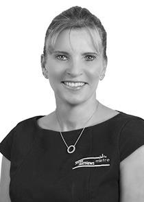 Robyn McArthur : Porter Matthews Metro Real Estate