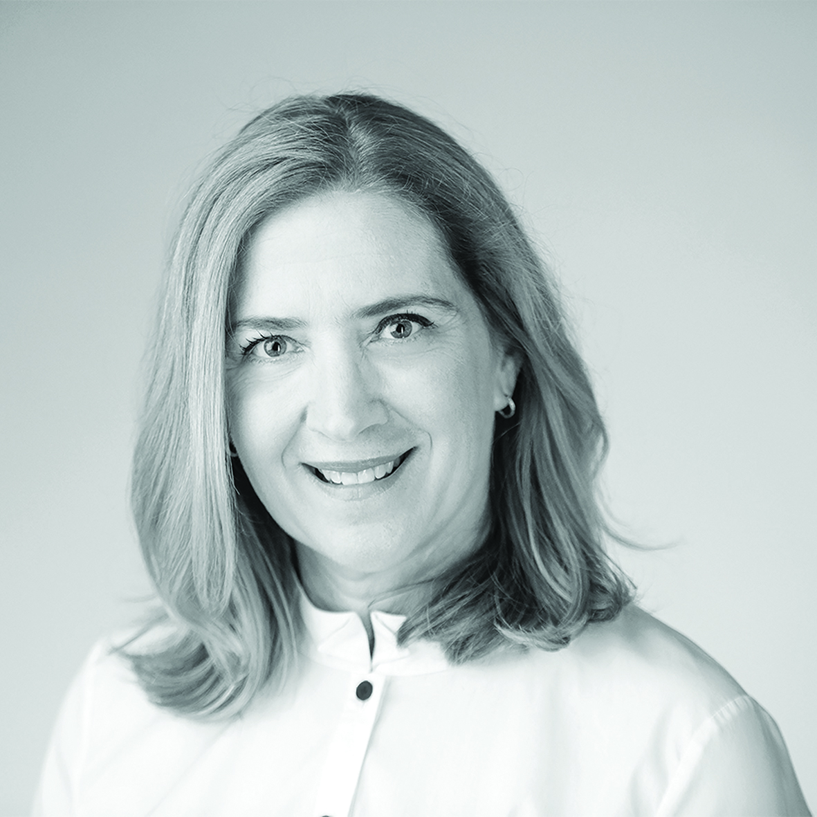 Janelle  Laretive
