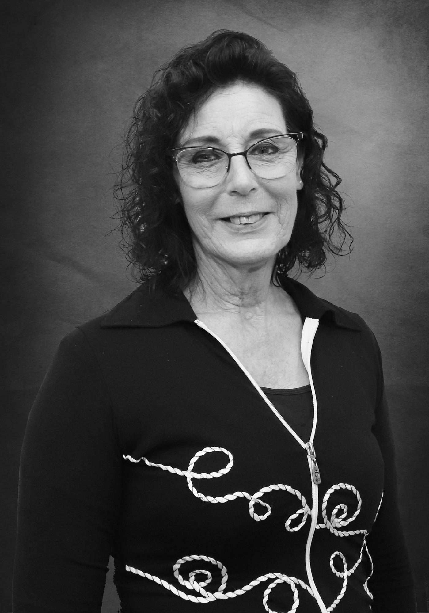 Joanne Meredith : H & N Perry
