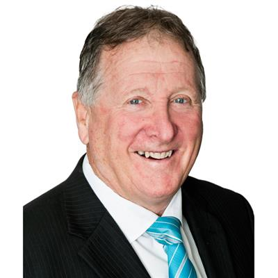 Peter Arscott : Attree Real Estate